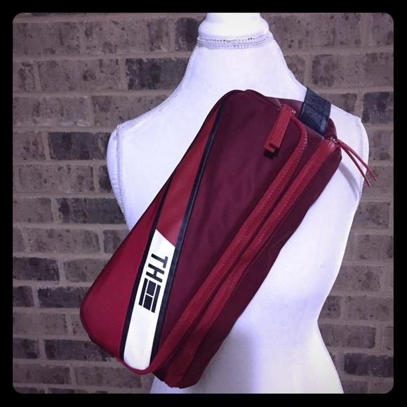 Tommy Hilfiger Handbags - Tommy Hilfiger Crossbody 3 in 1 Bag MSRP $79.99